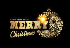 Золотая игрушка шарика на черной предпосылке Шарик с флористической текстурой Счастливый Новый Год 2019 дополнительный праздник ф стоковая фотография rf
