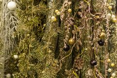 Золотая предпосылка рождества текстуры яркого блеска сусаль стоковые фото
