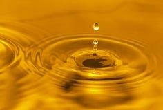 золотистая вода Стоковое Изображение