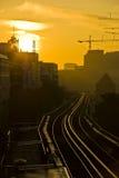 золотистая гавань hamburg над восходом солнца стоковая фотография