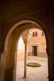 Золотистая комната alhambra Стоковое Изображение