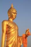 Золотистая статуя Будды Стоковое Изображение RF
