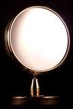 золотистое зеркало стоковое изображение rf