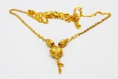 золотистое ожерелье Стоковая Фотография