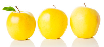 Золотистое яблоко Стоковое Изображение RF