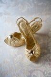 золотистые ботинки Стоковое Изображение