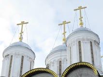 Золотистые кресты Кремля Стоковое Изображение