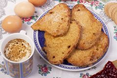 Золотистые ломтики хлеба Стоковое Фото
