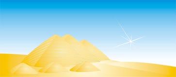 золотистые пирамидки Стоковое Изображение RF