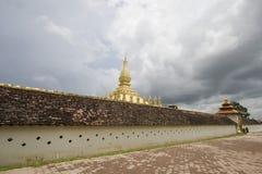 золотистый висок Лаоса Стоковая Фотография