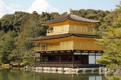 золотистый висок павильона японии Стоковое Изображение RF