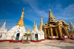 золотистый висок yangon shwedagon pagoda myanmar Стоковая Фотография RF