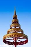 золотистый красный расположенный ярусами зонтик Стоковое Фото