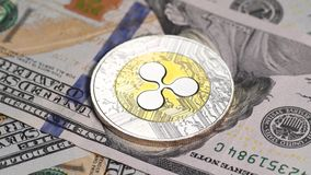 Золотое bitcoin против долларов США видеоматериал