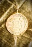 Золотое Bitcoins Цифров Cryptocurrency Стоковые Изображения