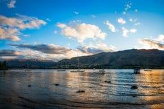 Золотой час на озере Wanaka стоковое изображение