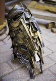 Золотой шлем гладиатора для защиты в бое и войне Стоковое Фото