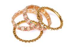 золото браслетов Стоковые Фотографии RF