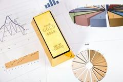 золото диаграмм в виде столбов Стоковая Фотография RF