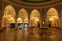 золото Дубай внутри souk мола Стоковая Фотография