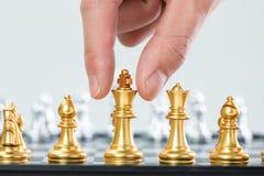 Золото и серебряные шахматы стоковая фотография