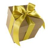 золото подарка коробки смычка Стоковое Фото