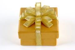 золото подарка chrismas коробки Стоковые Изображения