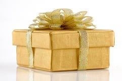 золото подарка chrismas коробки Стоковое Изображение