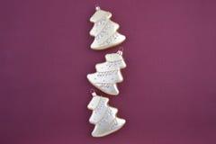 золото 3 елей украшения рождества Стоковая Фотография