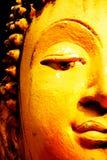 Золото buhha стороны статуи половинное Стоковые Изображения