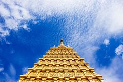 Золотые модели Bodhgaya стоковое изображение rf