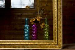 Золотые рамка и цветок Стоковое Изображение