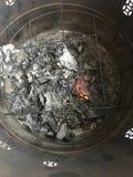 Золы, который сгорели бумаги Стоковые Фотографии RF