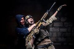 Зомби атакуют солдата Стоковые Фотографии RF