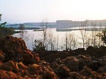 Зона берега реки атмосферы вечера Стоковое Изображение RF