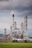 Зона индустрии формы завода нефтеперерабатывающего предприятия стоковые фотографии rf