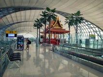 Зона перехода в авиапорте Suvarnabhumi стоковая фотография
