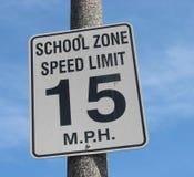 зона скорости знака школы предела Стоковые Фотографии RF