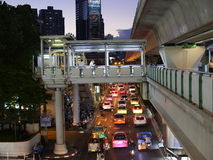 Зона станции Phrom Phong в ноче Стоковое Фото