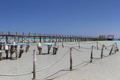 Зона усаживания в мелководьях на острове рая, Египте стоковое изображение rf