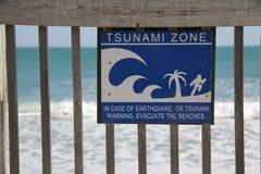 зона цунами знака стоковые фотографии rf
