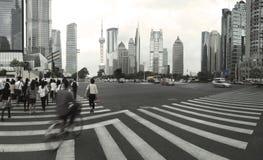 Зона Lujiazui Finance&Trade самомоднейшего урбанского backgro зодчества Стоковое фото RF
