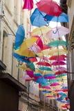 Зонтики в улице Авиньона Стоковые Фото