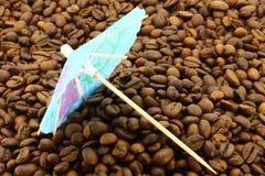 зонтик кофе коктеила фасолей Стоковое фото RF