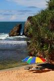 зонтик пляжа песочный стоковая фотография