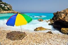 зонтик пляжа цветастый Стоковое Фото