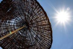 Зонтик пляжа соломы Стоковое Изображение RF