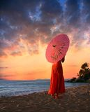 зонтик девушки Стоковое Изображение RF