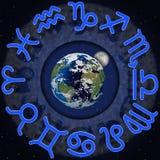 Зодиак подписывает вокруг земли планеты и луны 2 иллюстрация штока