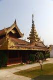 Золотая башня в дворце Мандалая Стоковая Фотография RF